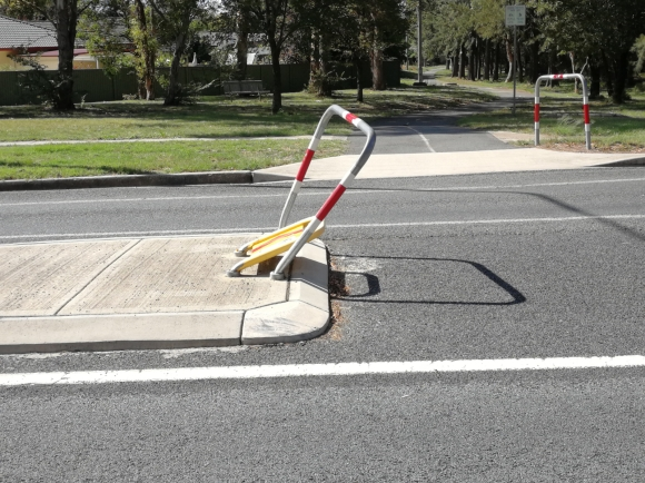 Safety and hazards on Aranda bike path, Belconnen, Canberra