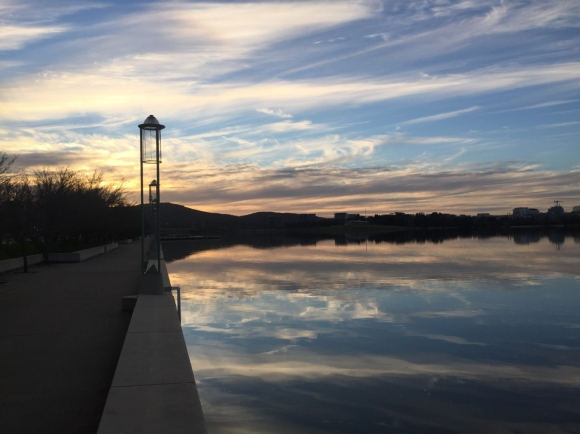 Lake Burley Griffin, Canberra. Photo by He-J E on Unsplash