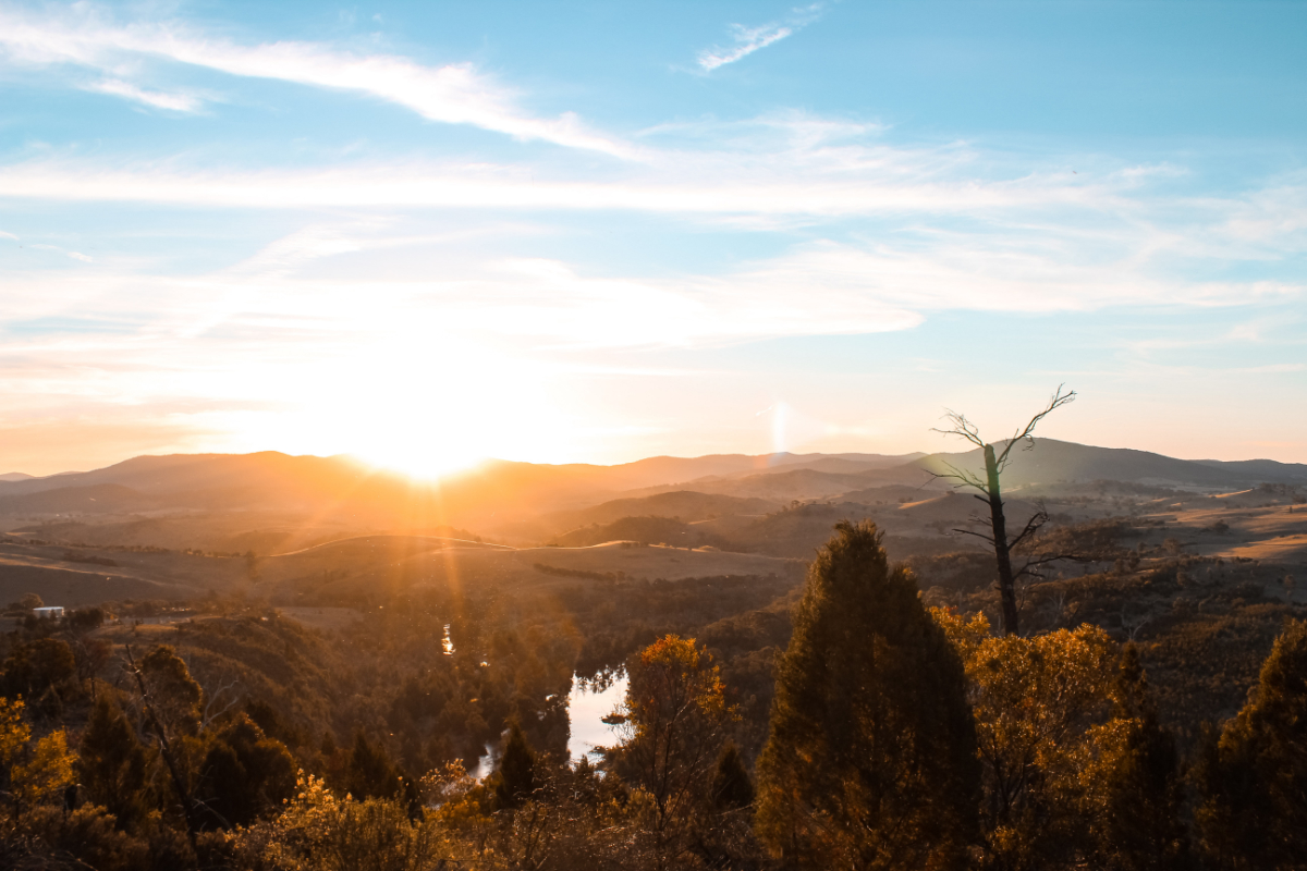 Shepherd Lookout, Woodstock Nature Reserve, Murrumbidgee River Corridor, West Belconnen, Canberra. Photo by Hugo Kneebone on Unsplash