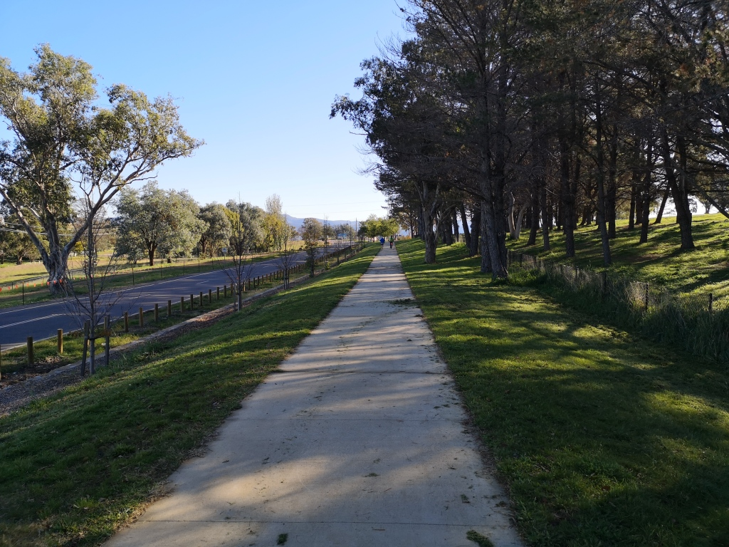 Bike path beside the golf course, Pro Hart Avenue , new suburb of Strathnairn, West Belconnen