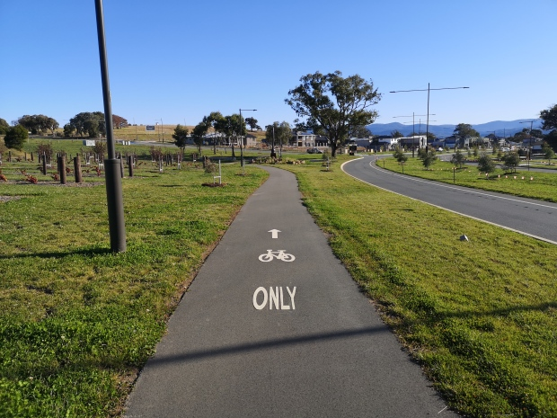 Bike ONLY path, new suburb of Strathnairn, West Belconnen