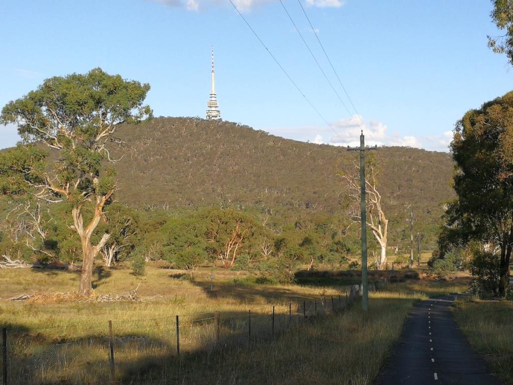 Canberra Centenary Trail, Aranda hill bike path, Black Mountain behind. Canberra.