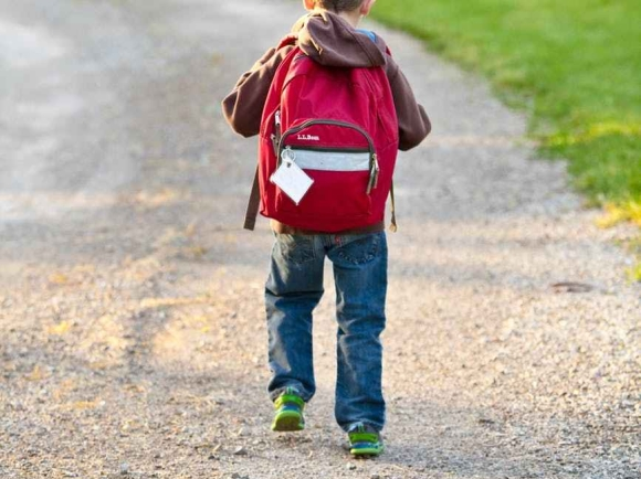child walking to school Photo by Pixabay on Pexels.com