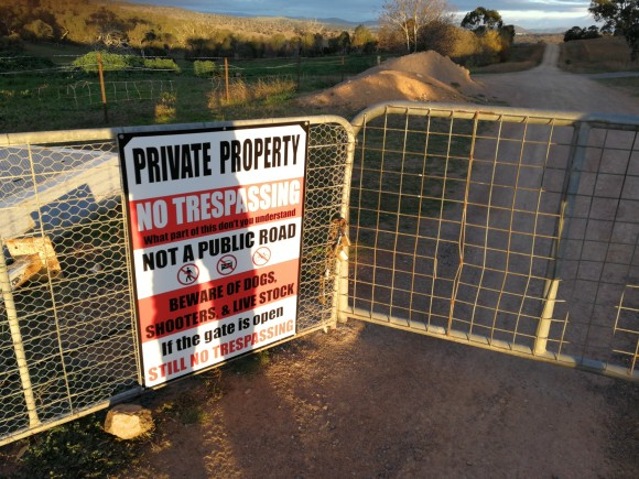 "Sign ""private property"", Pipe Flat, Stockdill Drive, West Belconnen, Canberra"
