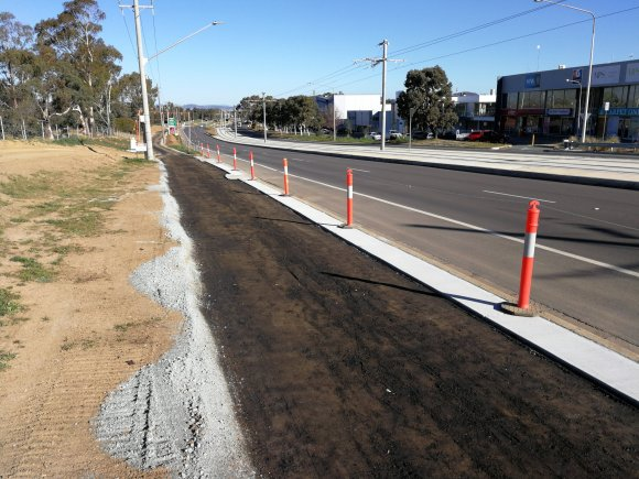 CBR Cycle Route C11 City - Gungahlin via Dickson, Main Community Route, Flemington Road bike path, Mitchell, Canberra.