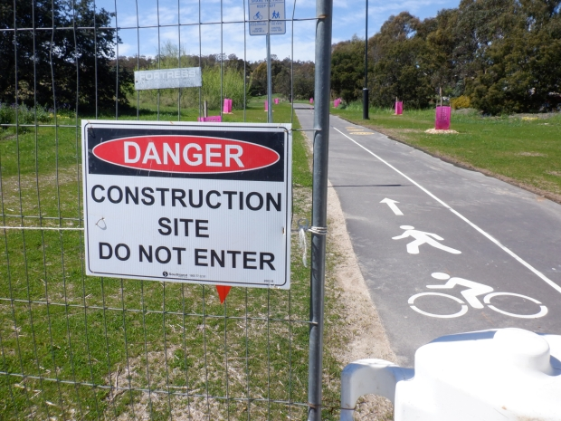 Belconnen Bikeway under construction, stand 11/10/2020