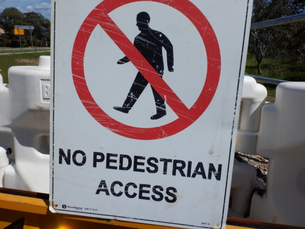 No Pedestrian Access. Bike only path, Cooinda Street / College Street. Belconnen Bikeway under construction, stand 11/10/2020