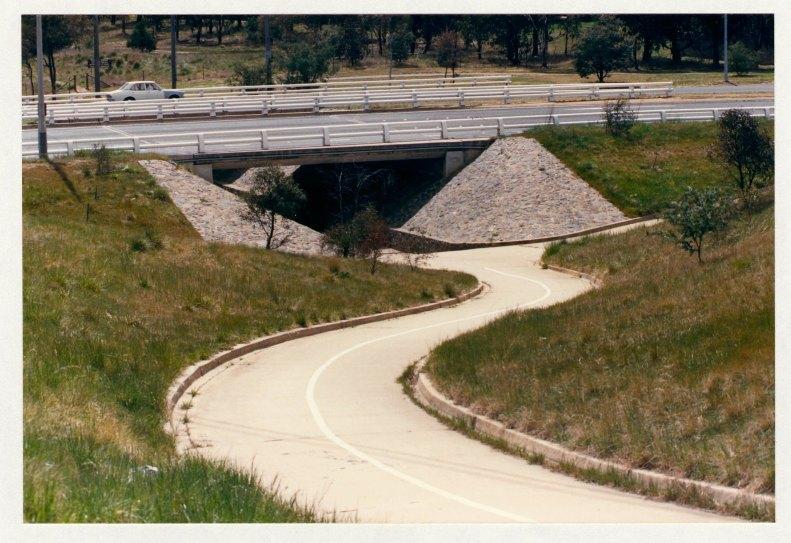 Hindmarsh Drive underpass, Chifley. c1989