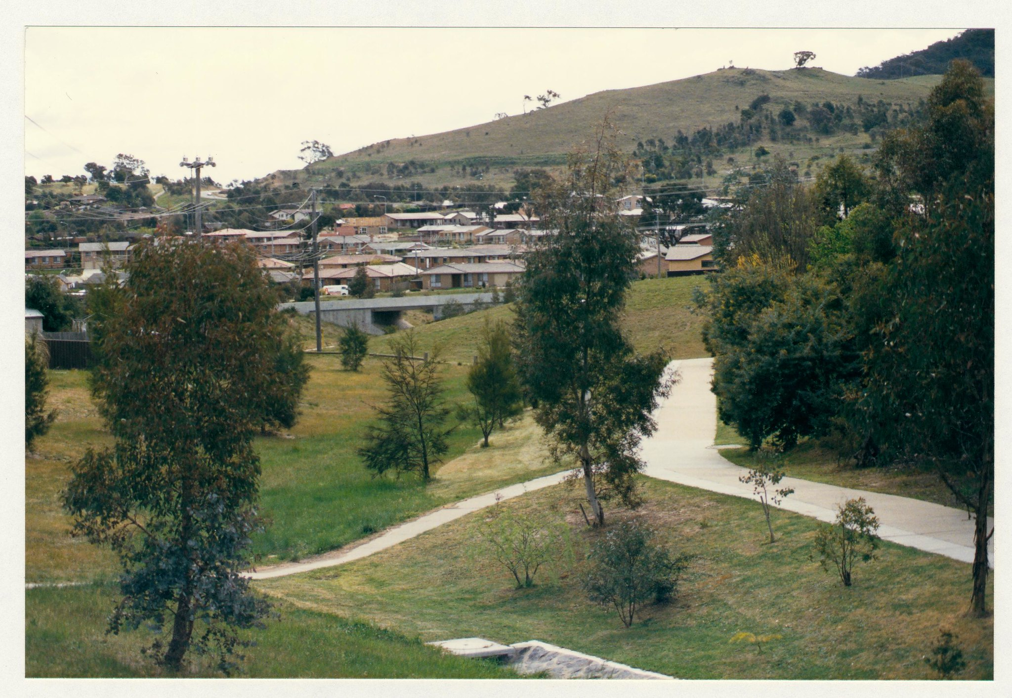 Link from Longmore Crescent to Athllon Drive. c1989